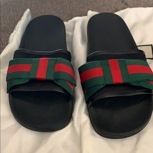 Authentic Gucci  Bow slides